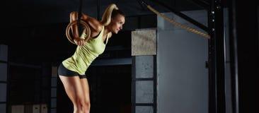 Θηλυκή άσκηση αθλητών ικανότητας Στοκ Εικόνες