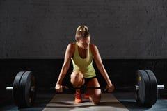 Θηλυκή άσκηση αθλητών ικανότητας Στοκ εικόνες με δικαίωμα ελεύθερης χρήσης