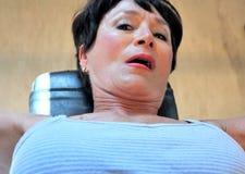 Θηλυκή έκφραση ομορφιάς στο εσωτερικό Στοκ φωτογραφία με δικαίωμα ελεύθερης χρήσης