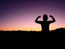 θηλυκή δύναμη σκιαγραφιών στοκ φωτογραφίες με δικαίωμα ελεύθερης χρήσης