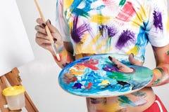 Θηλυκή παλέτα εκμετάλλευσης καλλιτεχνών με τα χρώματα για το σχέδιο Στοκ φωτογραφία με δικαίωμα ελεύθερης χρήσης
