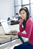 θηλυκός μαθαίνοντας σπουδαστής Στοκ Φωτογραφία