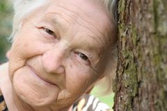 θηλυκός πρεσβύτερος στοκ φωτογραφία με δικαίωμα ελεύθερης χρήσης