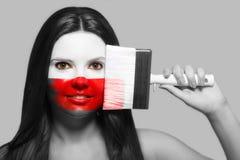 Θηλυκό στα εθνικά χρώματα της Πολωνίας Στοκ Φωτογραφίες