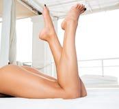 θηλυκά πόδια προκλητικά Στοκ φωτογραφίες με δικαίωμα ελεύθερης χρήσης
