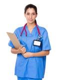 Θηλυκή λαβή γιατρών με την περιοχή αποκομμάτων Στοκ φωτογραφίες με δικαίωμα ελεύθερης χρήσης