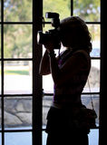 Θηλυκή σκιαγραφία φωτογράφων Στοκ φωτογραφίες με δικαίωμα ελεύθερης χρήσης
