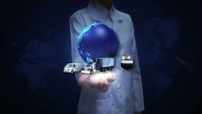 Θηλυκός ερευνητής, ανοικτός φοίνικας μηχανικών, αυξανόμενο παγκόσμιο δίκτυο με το αεροπλάνο, τραίνο, σκάφος, μεταφορά αυτοκινήτων φιλμ μικρού μήκους