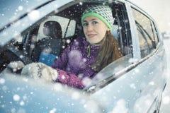 Θηλυκός οδηγός στο αυτοκίνητο Στοκ φωτογραφία με δικαίωμα ελεύθερης χρήσης