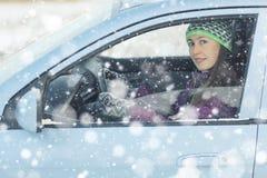 Θηλυκός οδηγός στο αυτοκίνητο Στοκ Εικόνα