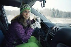 Θηλυκός οδηγός στο αυτοκίνητο Στοκ Φωτογραφίες