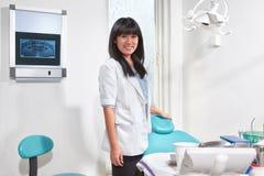 Θηλυκός οδοντίατρος Στοκ Φωτογραφία