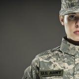 Θηλυκός στρατιώτης αμερικάνικου στρατού Στοκ Φωτογραφίες