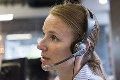 Θηλυκός τηλεφωνικός χειριστής υποστήριξης Στοκ Εικόνα