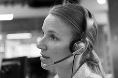 Θηλυκός τηλεφωνικός χειριστής υποστήριξης Στοκ εικόνες με δικαίωμα ελεύθερης χρήσης