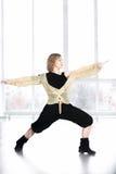 Θηλυκό κάνοντας lunge χορευτών στην κατηγορία Στοκ φωτογραφίες με δικαίωμα ελεύθερης χρήσης