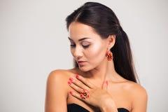 θηλυκό μοντέλο που θέτε&iota Στοκ φωτογραφία με δικαίωμα ελεύθερης χρήσης