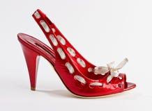 Θηλυκό παπούτσι στο λευκό Στοκ φωτογραφία με δικαίωμα ελεύθερης χρήσης