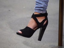 Θηλυκό παπούτσι τακουνιών Στοκ εικόνες με δικαίωμα ελεύθερης χρήσης
