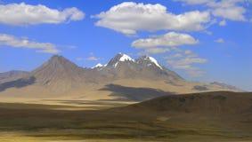 Θιβετιανά βουνά, ορεινή περιοχή Στοκ Εικόνες