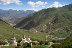 Θιβετιανές παραδοσιακές κατασκευές Stupas Στοκ φωτογραφία με δικαίωμα ελεύθερης χρήσης