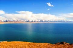 Θιβετιανή σκηνή-λίμνη Namtso οροπέδιων Στοκ εικόνα με δικαίωμα ελεύθερης χρήσης