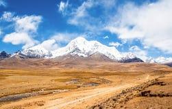 Θιβετιανό οροπέδιο σκηνή-Mt.Qungmogangze Στοκ Εικόνα