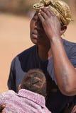 θλίψη μητέρων Στοκ φωτογραφία με δικαίωμα ελεύθερης χρήσης