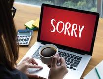 ΘΛΙΒΕΡΟΣ συγχωρήστε τη λύπη αποτυγχάνει ουπς το ψεύτικο λάθος ελαττωμάτων λυπάται για Apolo Στοκ φωτογραφία με δικαίωμα ελεύθερης χρήσης