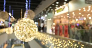 Θολωμένη μανία αγορών Χριστουγέννων στις μεγάλες μαύρες πωλήσεις Παρασκευής απόθεμα βίντεο