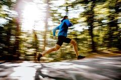 Θολωμένος δρομέας αθλητών κινήσεων αρσενικός Στοκ Εικόνες