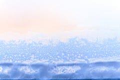 Θολωμένο υπόβαθρο του χειμώνα και του χιονιού πάγου και κρύα ημέρα του χειμώνα Στοκ Εικόνα