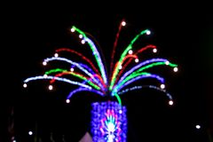Θολωμένο φως του δέντρου για την έννοια Χριστουγέννων Στοκ Φωτογραφία