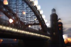 Θολωμένη εικόνα της γέφυρας του Μέγας Πέτρου, Αγία Πετρούπολη, Ρωσία Στοκ φωτογραφία με δικαίωμα ελεύθερης χρήσης