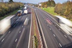 Θολωμένη κίνηση κυκλοφορία αυτοκινητόδρομων Στοκ φωτογραφίες με δικαίωμα ελεύθερης χρήσης