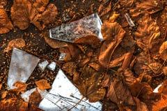 Θραύσματα του σπασμένου καθρέφτη Στοκ Φωτογραφία