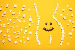 Θρεπτικά χάπια συμπληρωμάτων και διατροφής και λεπτός αριθμός Βελτιώστε την πέψη, αποτοξινώστε το σώμα στοκ εικόνες