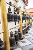 Θρησκευτικά κουδούνια σε έναν ιερό ναό Στοκ Φωτογραφίες