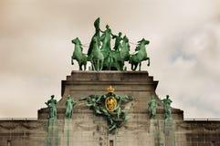 Θριαμβευτική αψίδα Arc de Triomphe στο πάρκο Cinquantenaire σε Bruss Στοκ φωτογραφίες με δικαίωμα ελεύθερης χρήσης