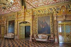 θρόνος δωματίων παλατιών τ&et Στοκ εικόνα με δικαίωμα ελεύθερης χρήσης