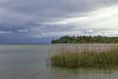 Θυελλώδης και βροχερός καιρός στη λίμνη Constance Στοκ Εικόνα