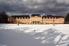 θυελλώδης κατώτερος χειμώνας ουρανού πυργων κόκκινος Στοκ εικόνα με δικαίωμα ελεύθερης χρήσης