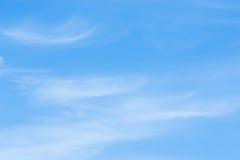 Θυελλώδης ημέρα ημέρας ουρανού το χειμώνα Στοκ Εικόνες