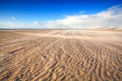 Θυελλώδης παραλία από τη Βόρεια Θάλασσα Στοκ Φωτογραφίες