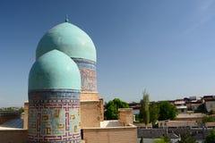 Θόλοι μαυσωλείων σε shah-ι-Zinda Σάμαρκαντ E στοκ φωτογραφία με δικαίωμα ελεύθερης χρήσης