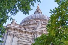θόλος Λονδίνο Paul ST καθεδρικών ναών Στοκ Φωτογραφίες