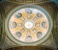 Θόλος σε ένα δευτερεύον παρεκκλησι στη βασιλική του Santi ΧΙΙ Apostoli, στη Ρώμη, Ιταλία Στοκ Εικόνα