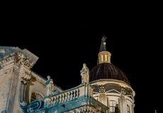 Θόλος τη νύχτα Dubrovnik εκκλησιών Στοκ εικόνες με δικαίωμα ελεύθερης χρήσης