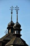 Θόλοι με τους σταυρούς σε church_3 στοκ εικόνα