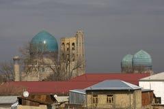 Θόλοι του αρχαίου μουσουλμανικού τεμένους bibi-Khanum στο Σάμαρκαντ, Uzbeki στοκ φωτογραφίες με δικαίωμα ελεύθερης χρήσης